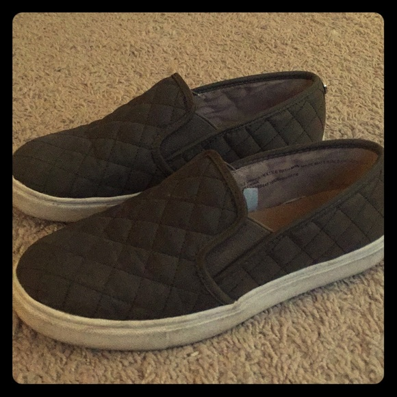 Target Slip Ons Green Quilted Sz 65